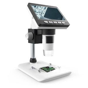 Image of the digital microscope with an LCD screen